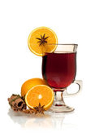 depositphotos 4002661-Hot-mulled-wine-with-oranges-anise-and-cinnamon